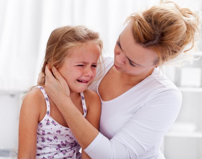 Что предпринять, когда у ребенка болит зуб